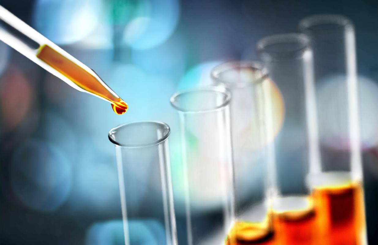 We asked an expert to explain CBD water solubility and bioavailability. Photo: Science laboratory test tubes and laboratory equipment
